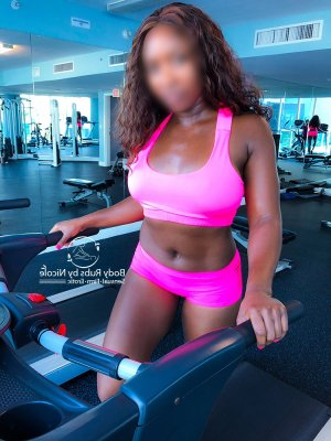 Kaelia escort girl in Berwick Pennsylvania, casual sex